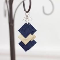 """Boucle d'oreilles """"Joséphine bleu et doré"""" 10€"""